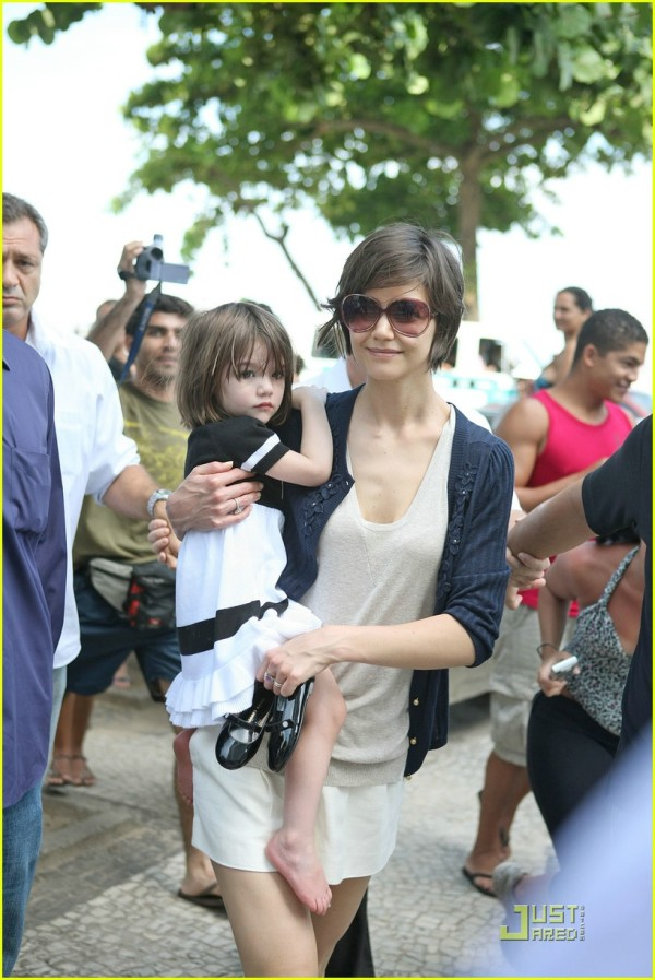 suri-cruise-anchor-dress-17